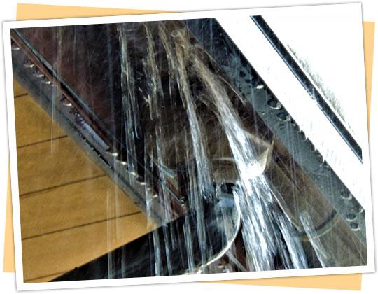劣化した雨樋